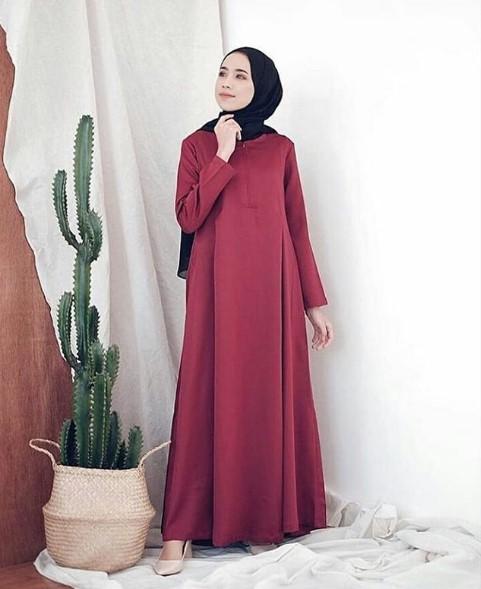 Tips Tampil Fashionable dengan Gamis Merah Maroon