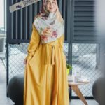 15 Padanan Stylish Gamis Kuning Mustard