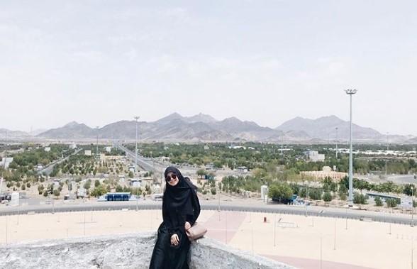 Tips Tampil Mempesona dengan Baju Muslim Setelan