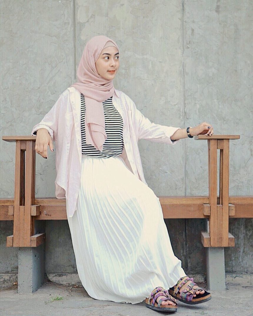 Tips Tampil Fashionable Mengenakan Outer