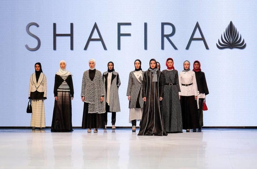 23 Model Baju Muslim Shafira 2019