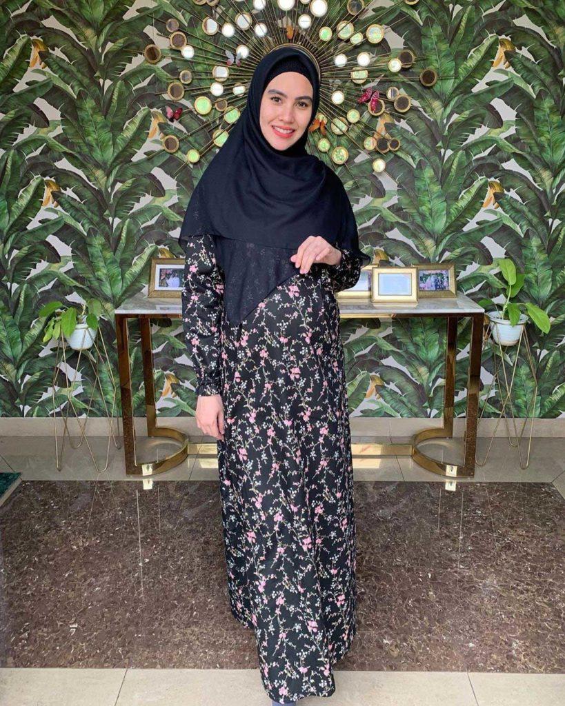 Baju hamil muslimah berbahan dingin untuk dipakai di rumah